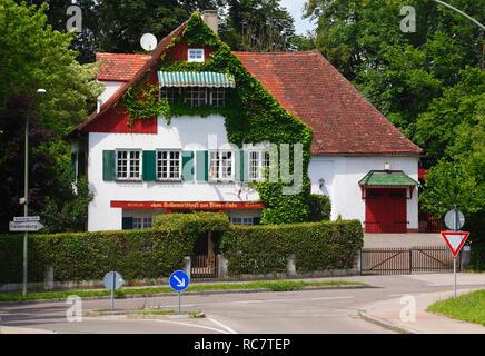 Historische Hausfassade, Günzburg, Schwaben, Bayern, Deutschland, Europa ich Historische Hausfassade, Günzburg, Schwaben, Bayern, Deutschland, Europa I Stockbild