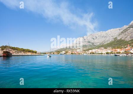 Makarska, Dalmatien, Kroatien, Europa - beeindruckenden Blick über die Bucht von Makarska. Stockbild
