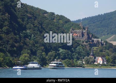 Burg Reichenstein bei Trechtingshausen, Trechtingshausen, Unesco Welterbe Oberes Mittelrheintal, Rheinland-Pfalz, Deutschland Stockbild
