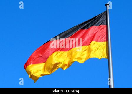Deutschen Nationalflagge im staatlichen Sektor von Berlin. Stockbild