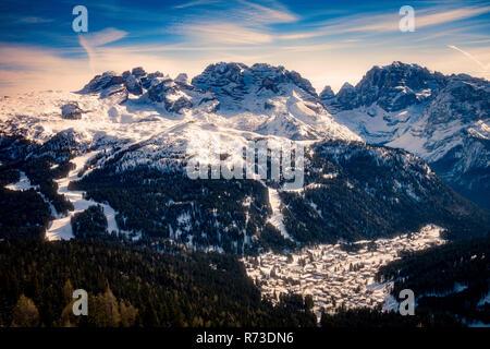 Verschneite Naturschutzgebiet, Madonna di Campiglio, Trentino-Südtirol, Italien Stockbild