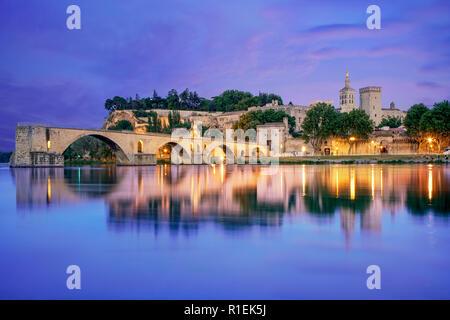 Saint-Benezet Brücke, Päpste Palace, Palais des Papes, UNESCO, Rhône, Avignon, Provence, Frankreich Stockbild