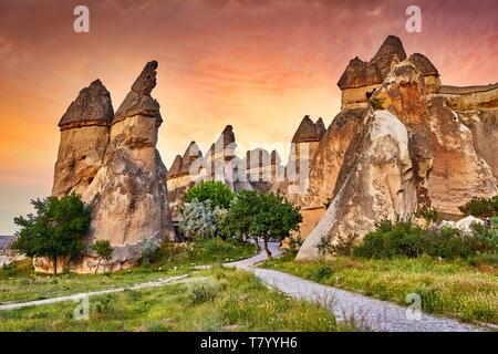 Feenkamine, Pasabag, in der Nähe von Zelve, Göreme, Kappadokien, Türkei Stockbild