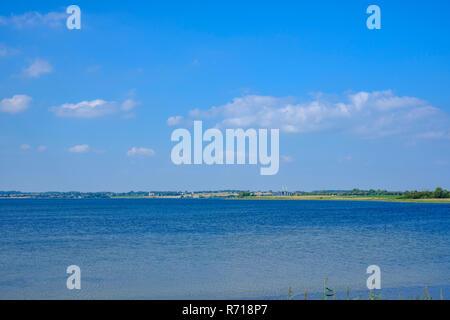 Der Klang der Ulvsund, wie von Moen Island, Dänemark, Skandinavien, Europa gesehen. Stockbild