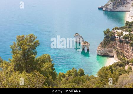 Grotta Smeralda, Apulien, Italien - mit Blick auf die Grotte von Smeralda aus der Sicht Stockbild