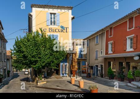 "Librairie Les Bleuets"", berühmte Buchhandlung, Banon, Provence, Frankreich Stockbild"