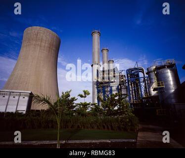 Anzeigen von Kraftwerk, Gujarat, Indien, Asien Stockbild