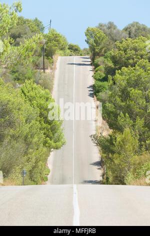 Cala Murada, Mallorca, Spanien - Fahren in die Hügel in Richtung Cala Murada Stockbild