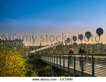 Berlin, Deutschland - 25 Jahre Fall der Berliner Mauer-Feier - die dünnen Rahmen - 7. November 2014 Stockbild