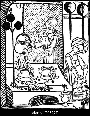 In den meisten mittelalterlichen Haushalten, Kochen auf offenem Feuer in der Mitte des wichtigsten Wohnbereich, effiziente Nutzung der Wärme zu machen. Dies war die häufigste Anordnung, auch in wohlhabenden Haushalten, wo die Küche mit Speisesaal kombiniert wurde. Nach dem späten Mittelalter einen separaten Küchenbereich begann sich zu entwickeln. Stockbild