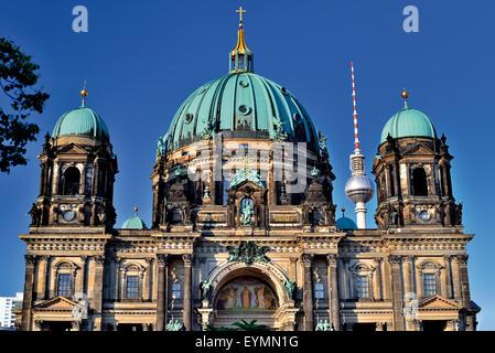 Deutschland, Berlin: Vorderansicht der ansehnliche Kirche in Berlin Stockbild