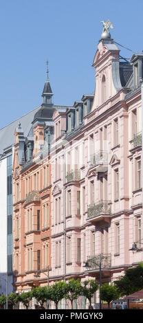 Gilitzerblock, Wohn- und Geschäftshäuser, Neobarocke und Neorenaissance, Münchener Straße, Rosenheim, Oberbayern, Bayern, Deutschland, Eu Stockbild