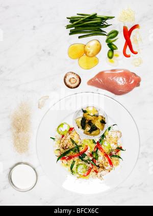 Risotto, eine leichte Mahlzeit geeignet zur Gewichtsreduktion, mit Zutaten Stockbild