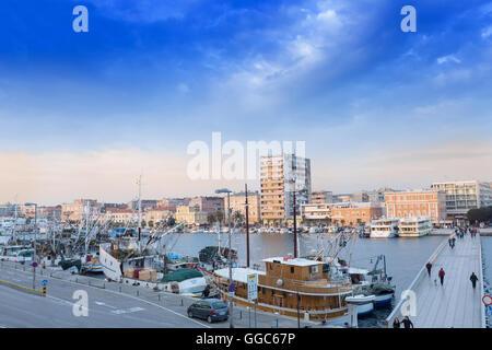 Geographie/Reisen, Kroatien, Dalmatien, Zadar, dem historischen Zentrum der Stadt, Römische Ruinen und mittelalterlichen Stockbild