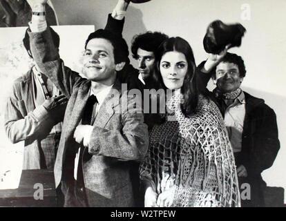 Kaninchen TEST 1978 AVCO Embassy Pictures Film mit Billy Crystal und Joan Prather Stockbild