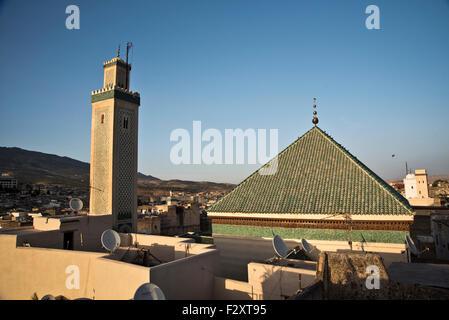 Blick auf Moulay Hassan II Moschee und Mausoleum; Fes, Marokko Stockbild