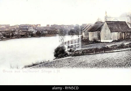 Kirchen in Sachsen-Anhalt, Stiege (Harz), 1904, Sachsen-Anhalt, Hornberg, Blick / Hornberg, Deutschland Stockbild