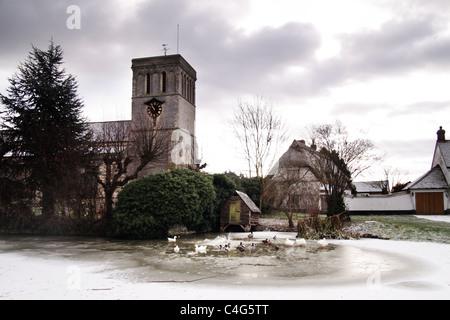 Haddenham Kirche, England, UK Stockbild