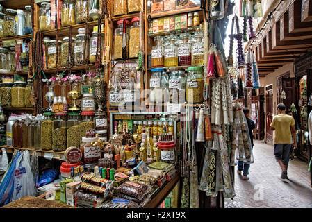 Kaufen Sie in Medina von Fes, Marokko ein Stockbild