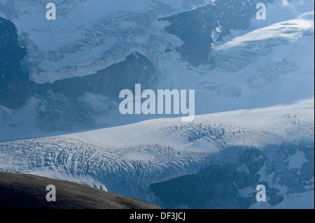 Österreich/Nationalpark Hohe Tauern - Auswirkungen des Klimawandels: Gletscher schmelzen. eisfälle auf den Großglockner. Stockbild