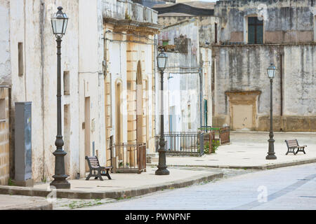 Specchia, Apulien, Italien - Besuch der historischen Altstadt von Specchia Stockbild