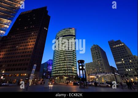 Deutschland, Berlin, Potsdamer Platz, Zugang zu der u-Bahnstation U Bahn und Bahnhof Stockbild