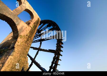 Syrien, Hama Altstadt und 13. Jahrhundert Wasserräder (Norias) Stockbild
