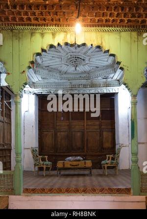 Holz- mashrabiya in Abdullah Matbouli Haus in al-Balad Viertel, Mekka Provinz, Jeddah, Saudi-Arabien Stockbild