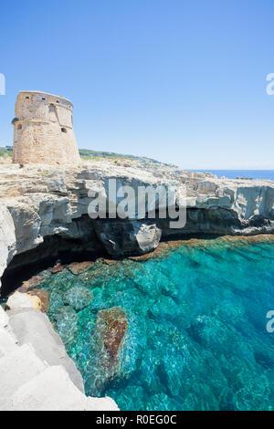Torre sterben Miggiano, Apulien, Italien - Relaxen in der Sonne in der Nähe von Torre di Miggiano Stockbild