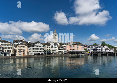 Münsterbrücke, Limmat, St. Peterskirche, Zürich, Schweiz | Limmat, St. Peters Kirche, Stadt Zürich, Schweiz Stockbild