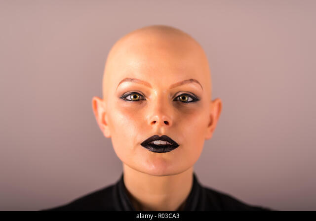 Glatze wem steht frau eine Glatze tragen: