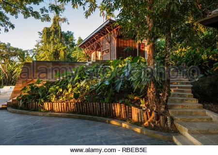 Enfoque de hotel. Jalakara Villa Hotel, Islas Andamán y Nicoar, India. Arquitecto: Ajith Andagere, 2016. Imagen De Stock