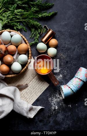 Ingredientes de cocina con una carta Imagen De Stock