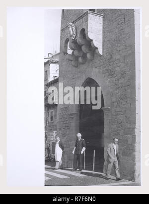República de San Marino San Marino Porta di S. Francesco, esta es mi Italia, el país de la historia visual, medieval del siglo xiv marcador esculpida. Post-medievales del siglo XV, puerta de entrada a la ciudad Imagen De Stock