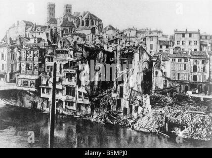 9 1916 2 21 A2 1 E Verdun en ruinas en 1916 de la I Guerra Mundial frente occidental batalla de Verdun 1916 Comienzo Imagen De Stock