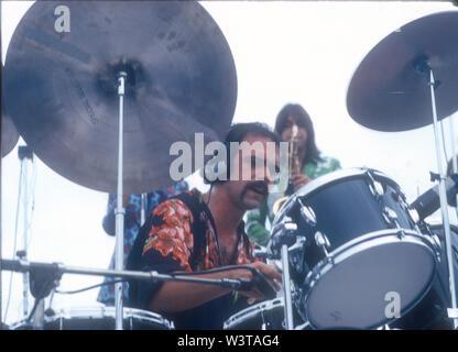 El grupo de rock estadounidense de Chicago con el baterista Ed Breckenfeld aproximadamente en 1974. Foto: Jeffrey Mayer Imagen De Stock