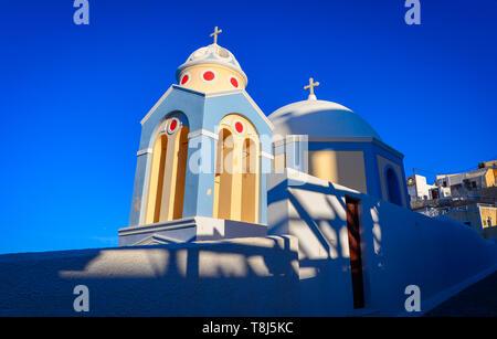 Catedral de San Juan el Bautista, Fira, Santorini, Grecia Imagen De Stock