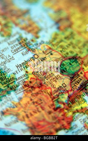 Fotografía de viaje Alemania Hamburgo mapas europeos de globo Imagen De Stock