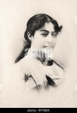 Retrato fotográfico de Nathalie Reine De Serbie desde la colección Félix Potin, de principios del siglo XX. Imagen De Stock