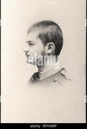 Retrato fotográfico de Alexandre Ier Roi De Serbie desde la colección Félix Potin, de principios del siglo XX. Imagen De Stock