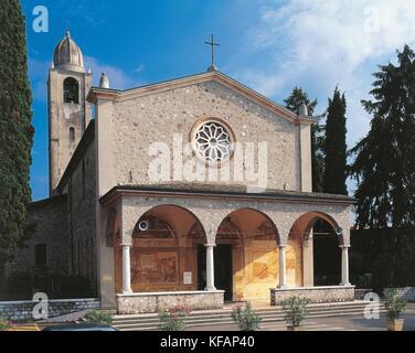 Peschiera del Garda Veneto santuario de Nuestra Señora de cenizas (siglo XVI y reformado en 1910) Imagen De Stock