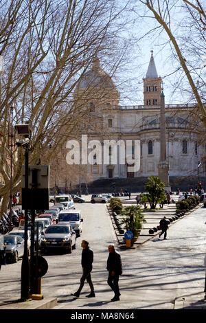 Piazza dell'Esquilino y Basílica Papale di Santa Maria Maggiore, Roma Imagen De Stock