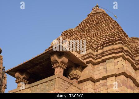 SSK - 006 La arquitectura superior de la cúpula del templo Matangeshwar Khajuraho, Madhya Pradesh, India Asia el 10 de diciembre de 2014 Imagen De Stock