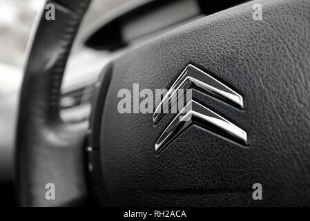 Logotipo de Citroën en Coche volante Imagen De Stock