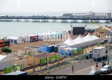 Brighton, Reino Unido. El 8 de junio, 2016. Con un día para ir a la apertura del Campeonato Europeo de la UEFA Imagen De Stock