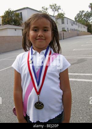Vestida de medalla en la escuela Imagen De Stock
