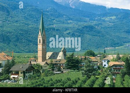 Iglesia parroquial de terlano tyrol Imagen De Stock