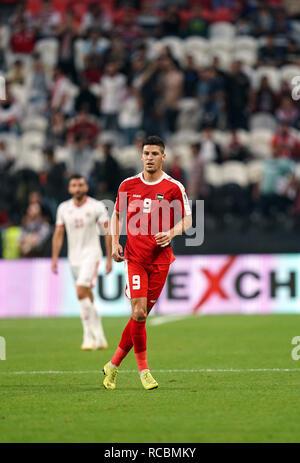 Enero 15, 2019 : Seyam Tamer de Palestina en Palestina v Jordania en el estadio Mohammed Bin Zayed, en Abu Dhabi, Emiratos Árabes Unidos, AFC Copa Asiática, campeonato de fútbol asiático. Ulrik Pedersen/CSM. Imagen De Stock