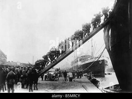 9 1917 10 12 A1 E WW1 conquistar Oesel Foto Primera Guerra Mundial Frente Oriental Conquista de Luna y Oesel Dagoe Imagen De Stock