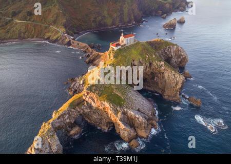 Dragonstone: El impresionante, ubicación de la vida real que presenta en hit serie de HBO Juego de Tronos como la isla mística de Dragonstone. Imagen De Stock